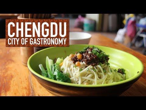 Market Search for Dan Dan Noodles // Chengdu: City of Gastronomy 11