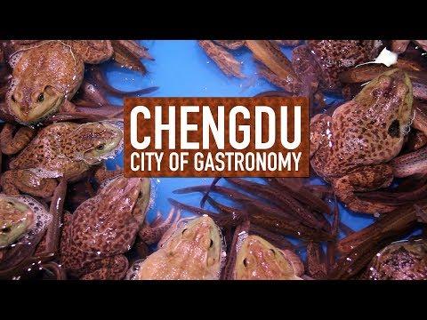 Loach - Gross Bottom Feeder or Tasty Dish? // Chengdu: City of Gastronomy 12