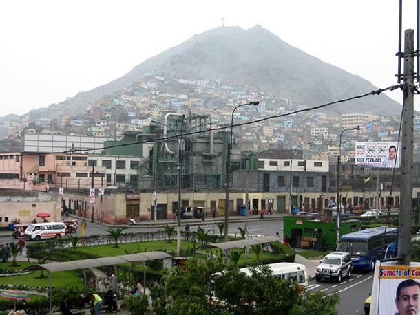 Colourful Rimac slums