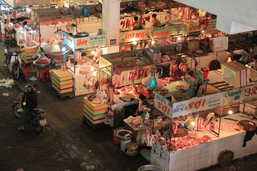 Ben Tre Market vietnam meat section