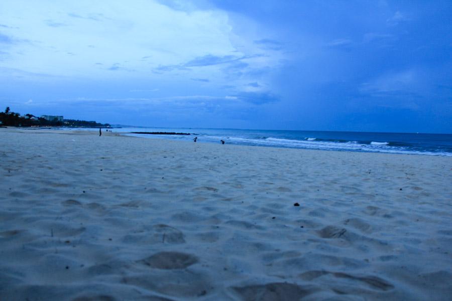 The Mui Ne beach at dusk.