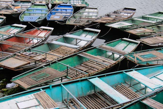 Tac Coc, Vietnam tour boats.